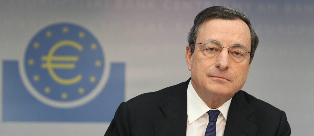 O presidente do BCE, Mario Draghi Foto: DANIEL ROLAND / AFP / 06/03/2014