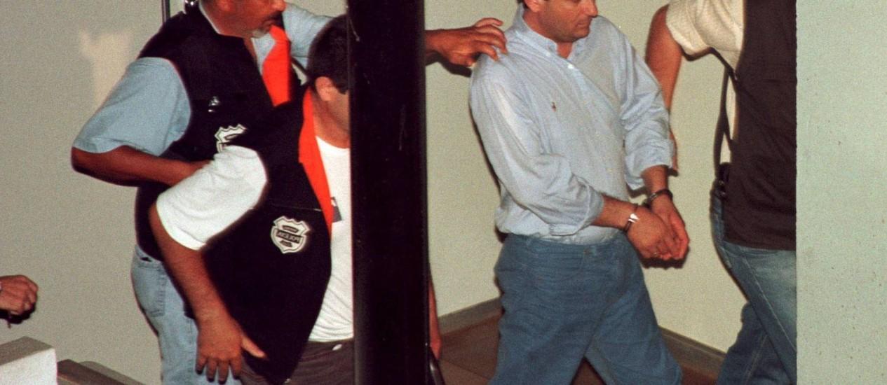 Em 2003, Alberto Youssef foi preso por envolvimento no escândalo do Banestado Foto: Jornal de londrina/26.02.2003