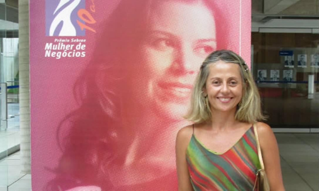Regina Célia conquistou o Prêmio Sebrae Mulher de Negócios deste ano, na categoria microempreendedora individual, com sua empresa Sabão Lele, que fabrica o produto de limpeza doméstica a partir do reaproveitamento de óleo de cozinha Foto: Arquivo pessoal