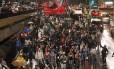 Protesto contra a Copa do Mundo reuniu cerca de mil pessoas, em São Paulo