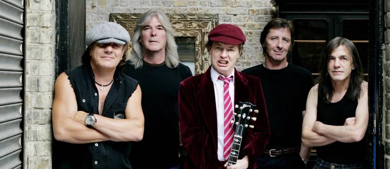 A banda AC/DC em foto de 2008, quando se preparava para a turnê de 'Black ice' Foto: Divulgação