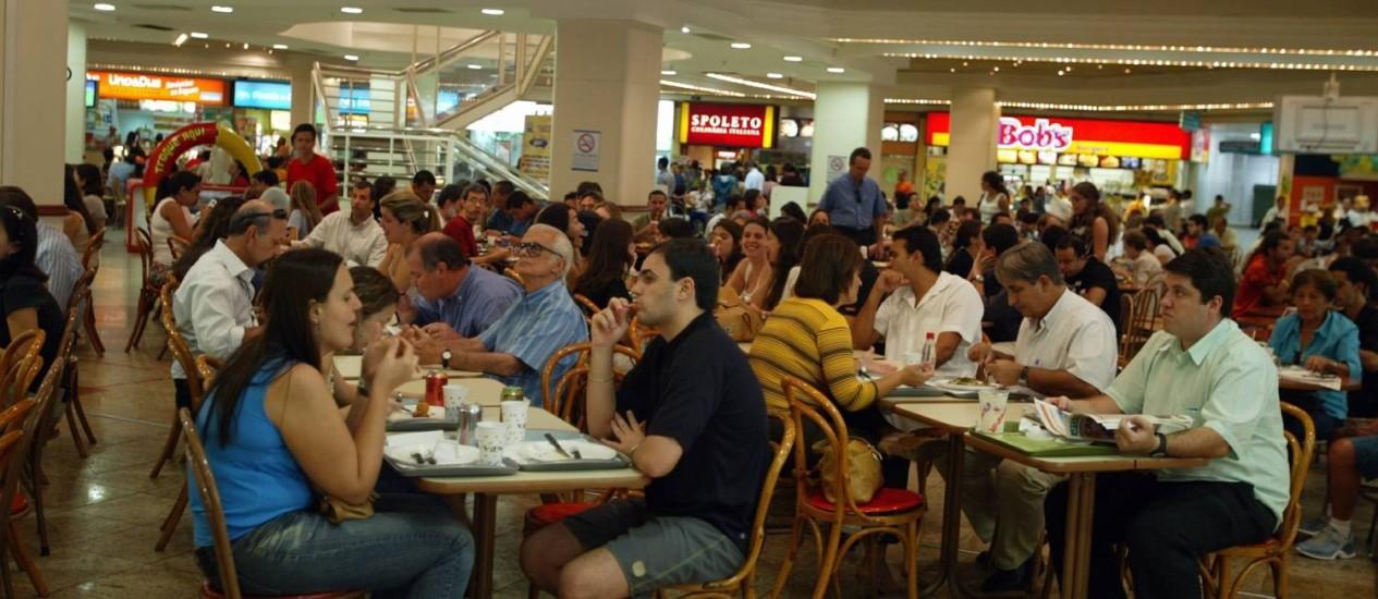 Consumidores em áreas de entretenimento e lazer devem ficar atentos Foto: Hudson Pontes / Agência O Globo/21-6-2006
