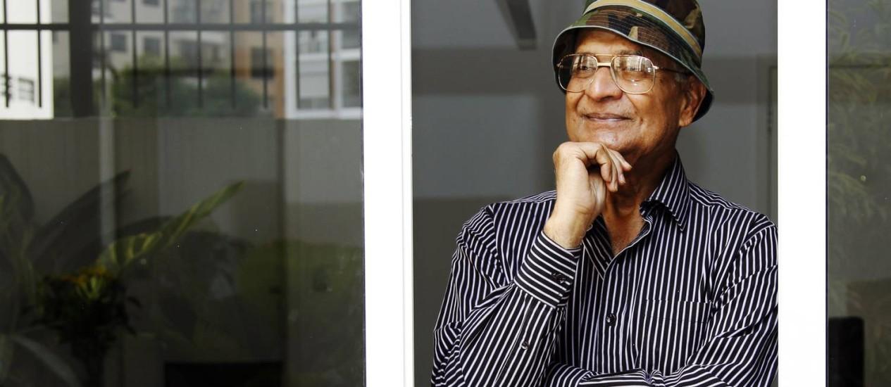 O fisico Amit Goswami em visita ao Brasil - Foto: Fernando Donasci / Agência O Globo