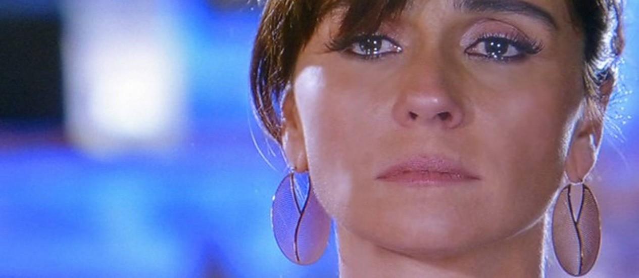 Clara se sente culpada por pensar tanto em Marina e não estar mais próxima de Ivan Foto: Divulgação