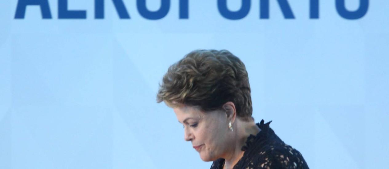 Dilma fez exames rotineiros no quinto ano de acompanhamento clínico desde que iniciou tratamento contra câncer Foto: André Coelho / Agência O Globo