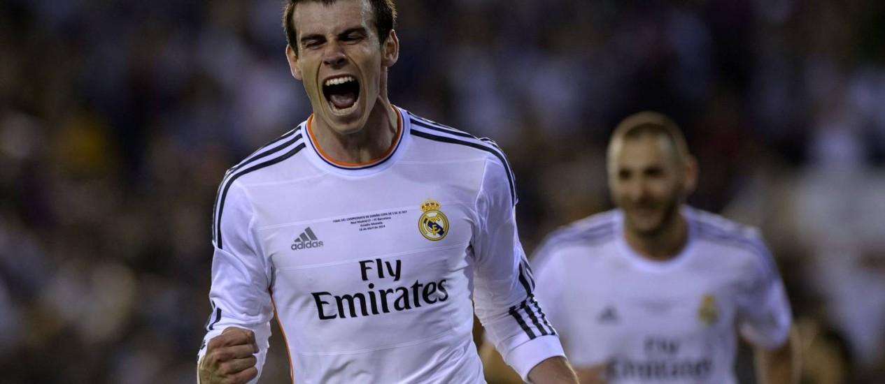 Bale comemora o golaço contra o Barcelona. Ele ganhou elogios de Usain Bolt Foto: Dani Pozo / AFP