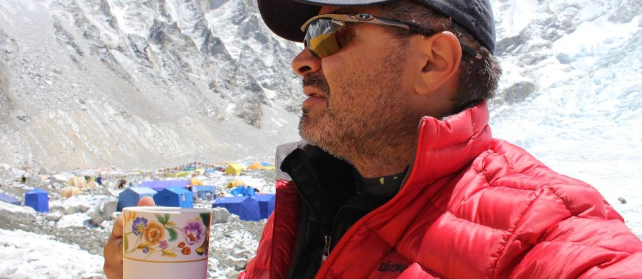 O cearense Rosier Alexandre é um dos seis brasileiros que estão no Everest Foto: Divulgação