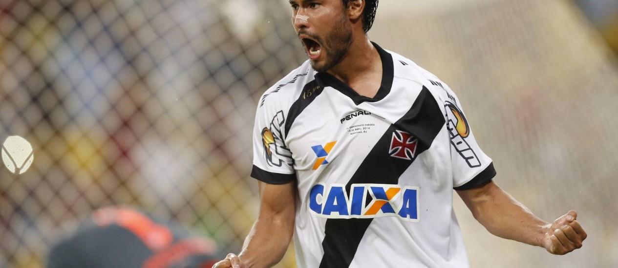 Pedro Ken não joga pelo Vasco desde a final do Estadual contra o Flamengo Foto: Guito Moreto / O Globo