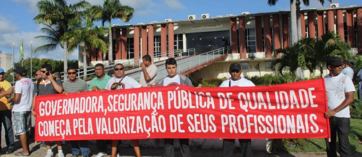 Policiais militares e bombeiros do Rio Grande do Norte fizeram um dia de greve