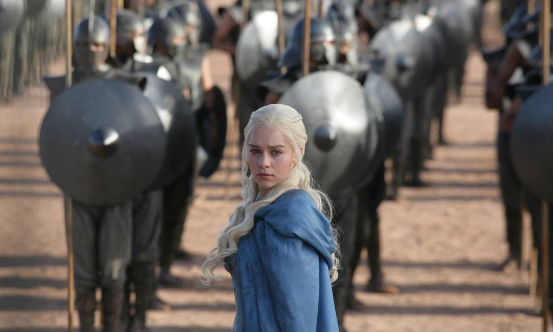 Daenerys Targaryen, personagem vivida por Emilia Clarke em 'Game of thrones', uma das séries mais sujeitas a spoilers Foto: / Divulgação