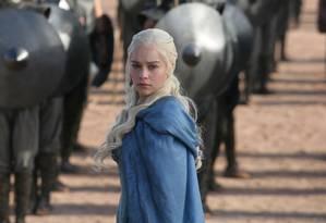 Daenerys Targaryen, personagem vivida por Emilia Clarke em 'Game of thrones', uma das séries mais sujeitas a spoilers Foto: Divulgação