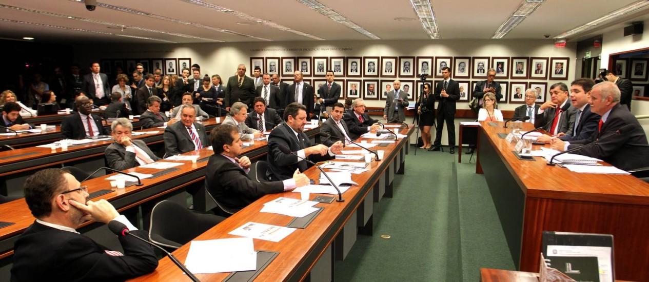 O convite das comissões foi uma reação aos recentes depoimentos de Gabrielli Foto: Ailton de Freitas / Agência O Globo