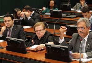 Comissão de Direitos Humanos aprova requerimento para averiguar se José Dirceu tem regalias na prisão Foto: Ailton de Freitas / O Globo