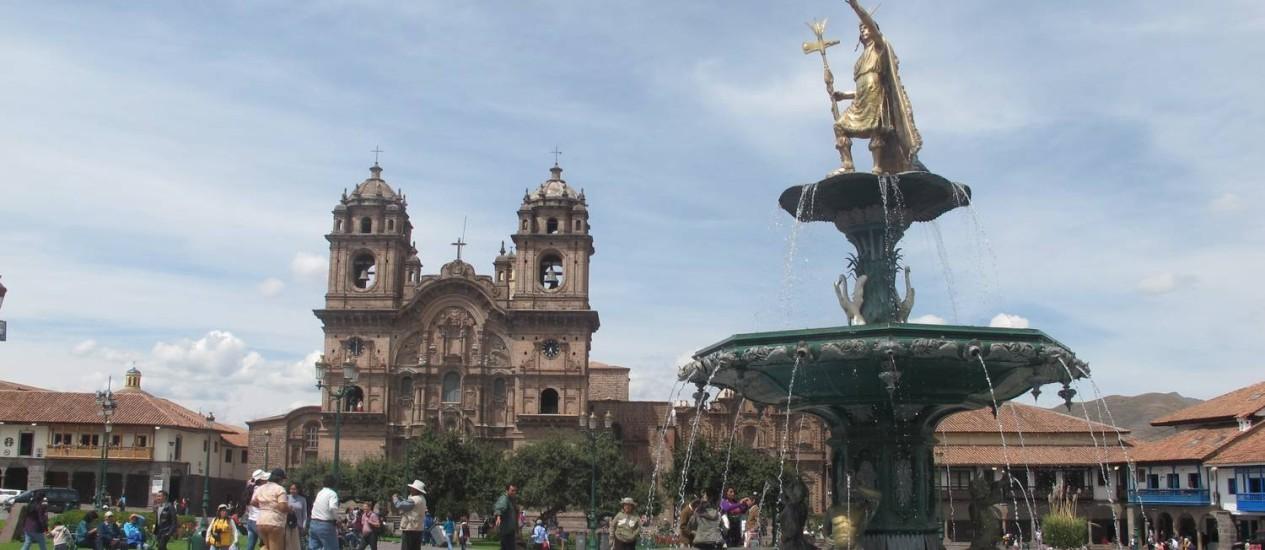 Plaza de Armas de Cusco, no Peru Foto: O Globo / Cristina Massari