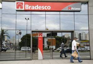 Agência do Bradesco: no fim de março, a carteira de crédito do banco somava cerca de R$ 432,3 bilhões, avanço anual de 10,4% Foto: PAULO FRIDMAN / BLOOMBERG News