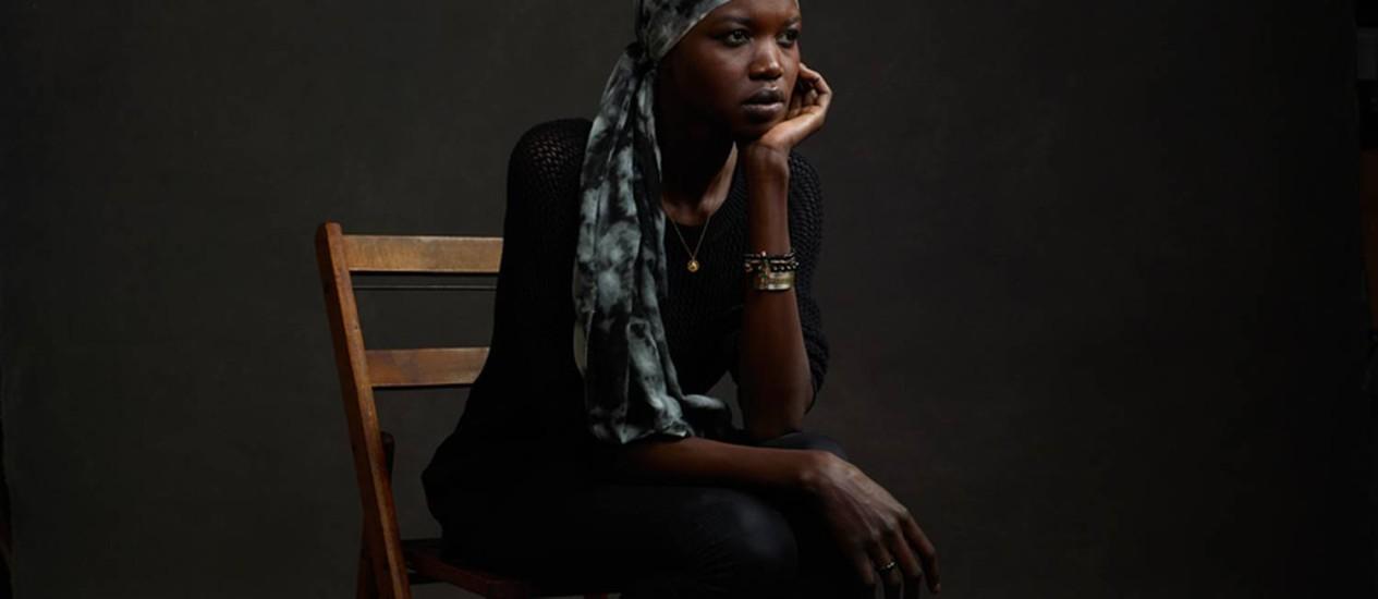 Supermodelo do Sudão do Sul, Nykhor Paul aderiu à campanha para conscientizar o mundo sobre o conflito no país Foto: Mike Mellia