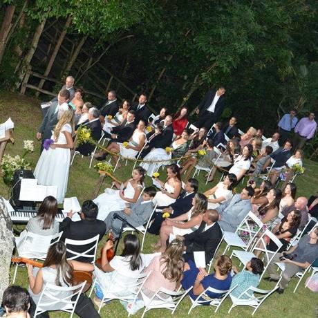 Personalizado. Cerimônia realizada na Pousada Paraíso, com detalhes escolhidos pelo casal Foto: Divulgação/Mariana Ferraz / Divulgação/Mariana Ferraz