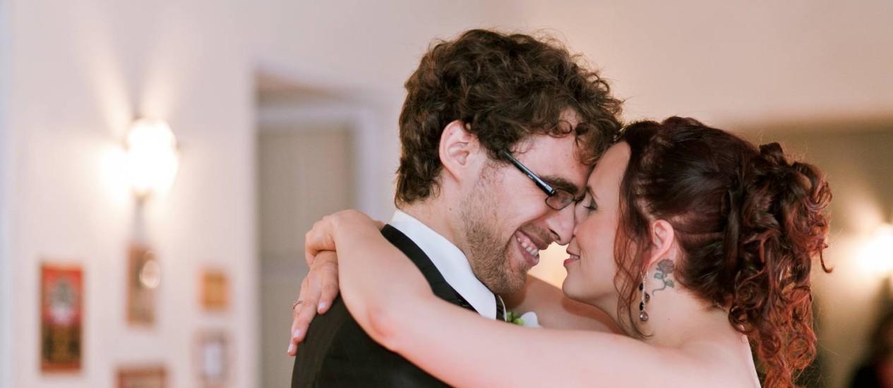 Enfim, sós. Ana Telma registra o momento intimista do casal Rosa e Michael, após o casamento Foto: Divulgação/ Ana Telma