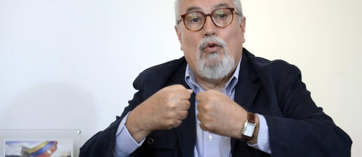 Ramón Guillermo Aveledo. Secretário-executivo da MUD afirmou que negociações entre o governo venezuelano e a oposição progrediram nesta quinta-feira Foto: JUAN BARRETO / AFP