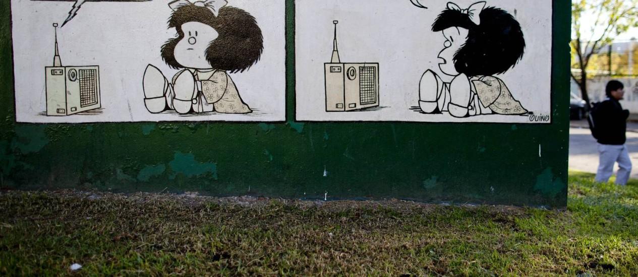 Tirinha de Mafalda pintada em muro na cidade de Buenos Aires Foto: Natacha Pisarenko / AP