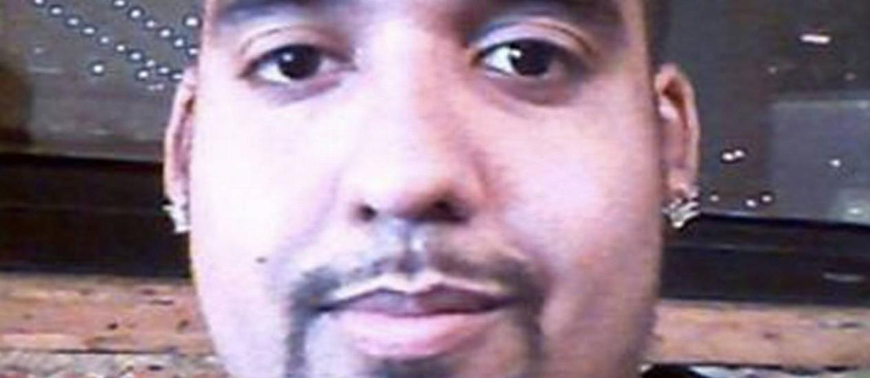 Hector Xavier Monsegur, o Sabu, participou de ataques contra empresas como PayPal e MasterCard e, depois de preso, se tornou colaborador dos policiais Foto: Reprodução/NYT