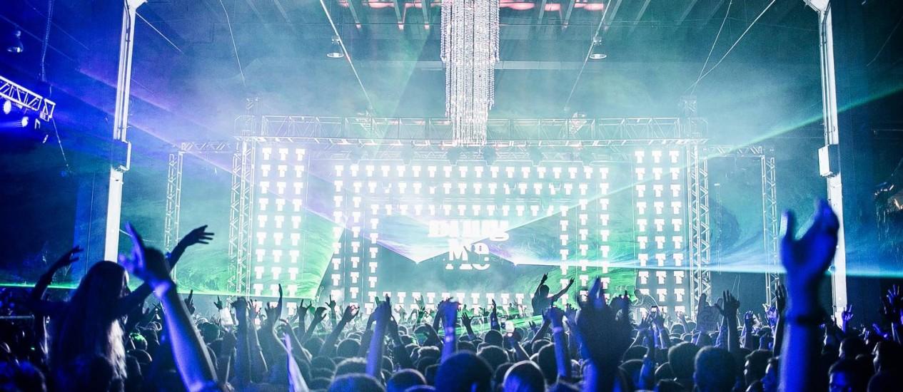 Turma de formandos de 2013 do Colégio Santo Inácio comemora a formatura com um baile de gala no Riocentro, com direito a DJs consagrados e vasto cardápio de drinks Foto: Divulgação/ FormaIdeal Obah!