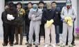 Os quatro tripulantes da barca Sewol, que naufragou no último dia 16, foram presos pela acusação de negligência e omissão de socorro