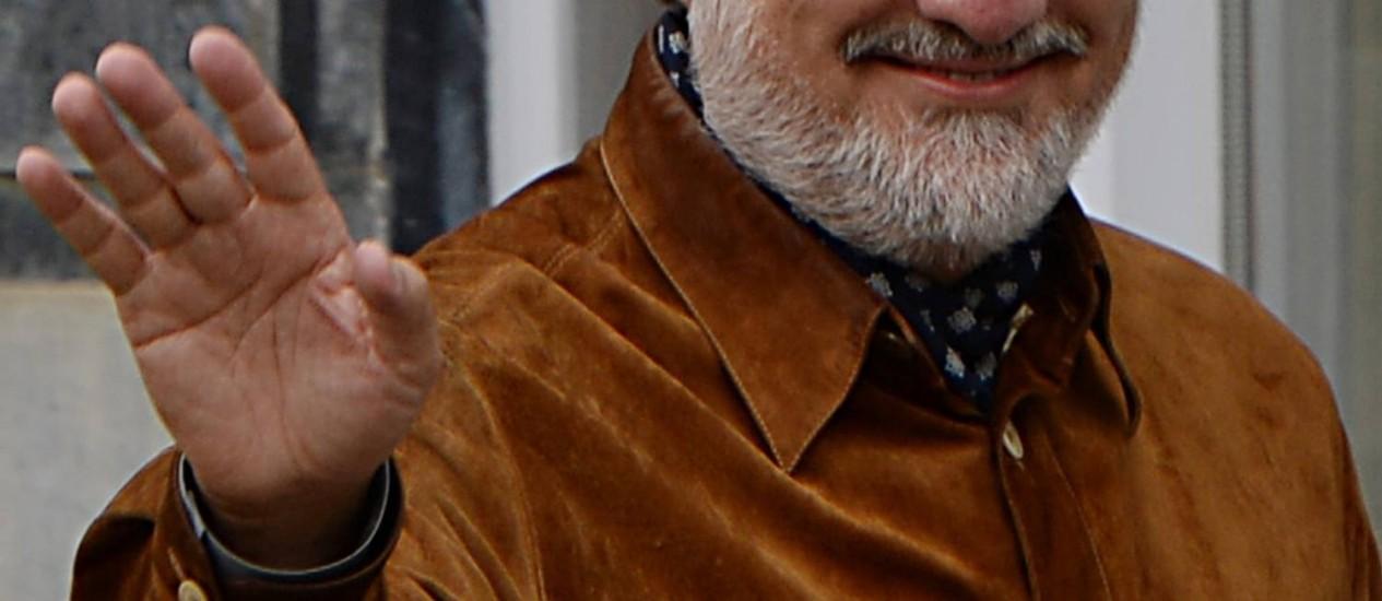 Resultado preliminar aponta Abdullah Abdullah em primeiro lugar, mas eleições presidenciais no Afeganistão devem ir para o segundo turno Foto: SHAH MARAI / AFP