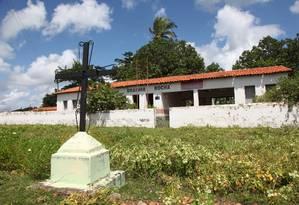 A Unidade Escolar Erasmo Rocha, fechada desde 2013 e em processo de depredação, em Miguel Alves, no Piauí Foto: / Foto Efrém Ribeiro