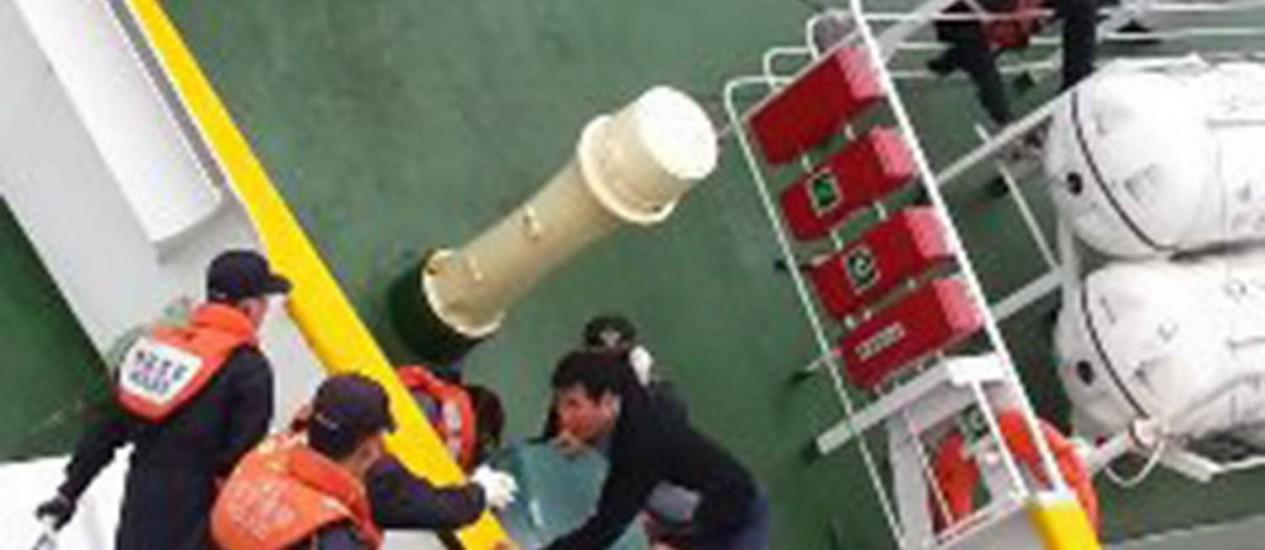 Lee Joon-seok. Fotos reveladas pela Guarda Costeira mostram o capitão abandonando a barca durante o naufrágio Foto: South Korea Coast Guard / EPA