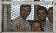 Jornalistas da al-Jazeera durante julgamento