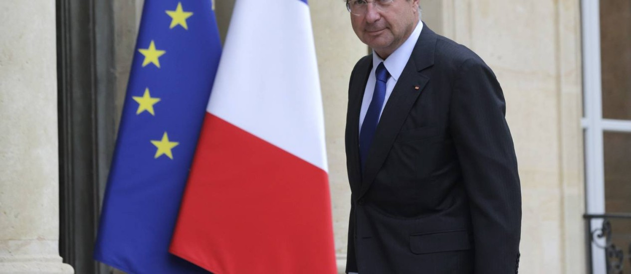 Martin Bouygues, presidente do conglomerado Bouygues, maior acionista da Alstom, chega ao Palácio Eliseu para encontro com o presidente François Hollande Foto: PHILIPPE WOJAZER / REUTERS