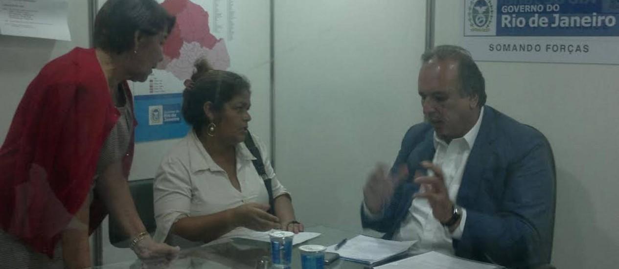 Pezão recebe moradores de São Gonçalo no Gabinete Itinerante Foto: Juliana Castro