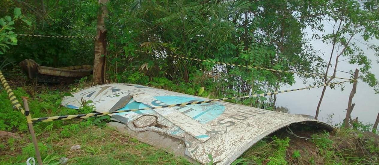 Peça de veículo espacial encontrada no Pará Foto: Victor Furtado