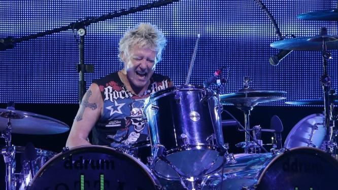 James Kottak, baterista do Scorpions, durante show em Beirute, em julho de 2013 Foto: JOSEPH EID / AFP