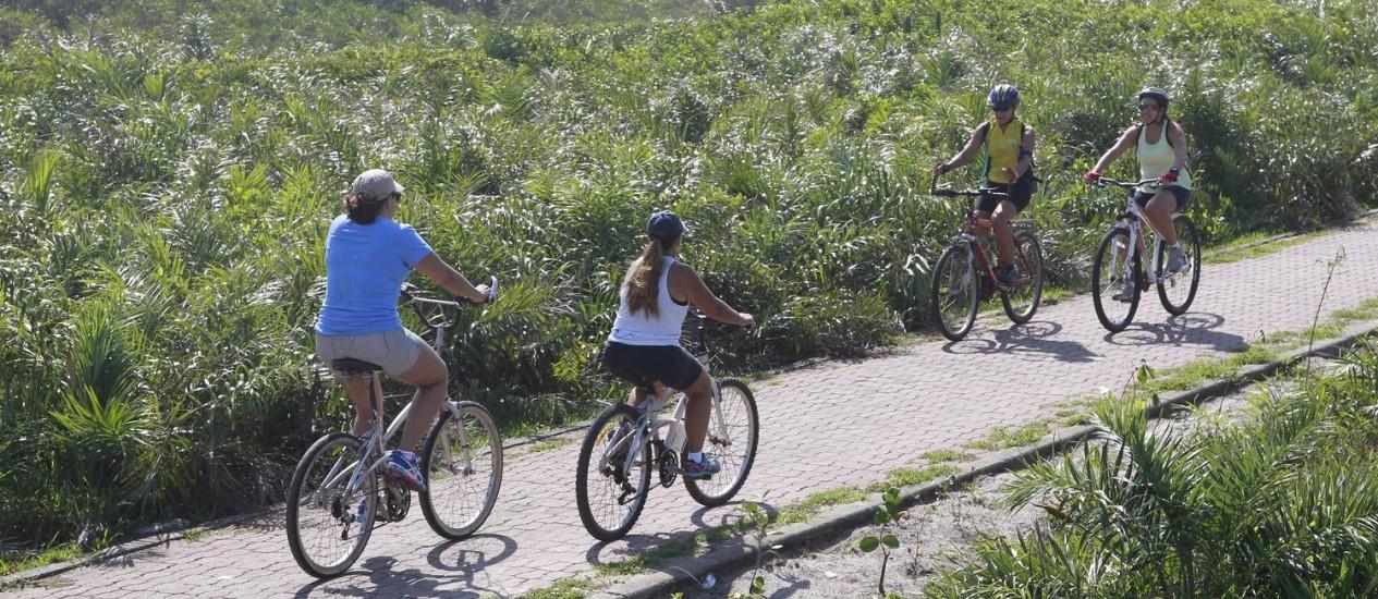 Área de proteção ao ciclismo de competição. Na foto, Avenida Lucio Costa, no trecho da Reserva. Foto: Márcio Alves / Agência O Globo Foto: Márcio Alves / Agência O Globo