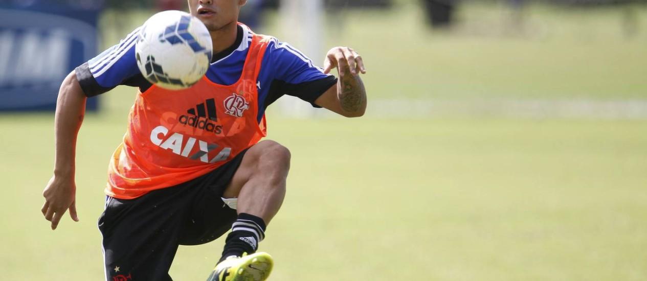 Everton deve voltar ao time contra o Palmeiras Foto: Divulgação