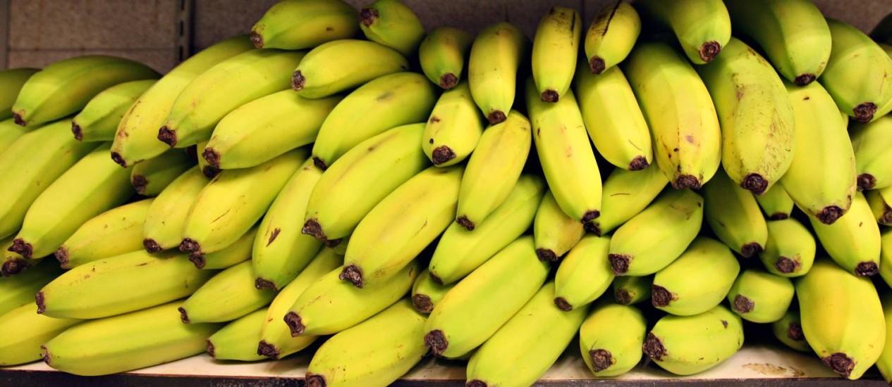 Fruta já foi usada para apelidar países totalitários da América Latina de 'repúblicas das bananas' Foto: DANIEL ACKER / BLOOMBERG NEWS