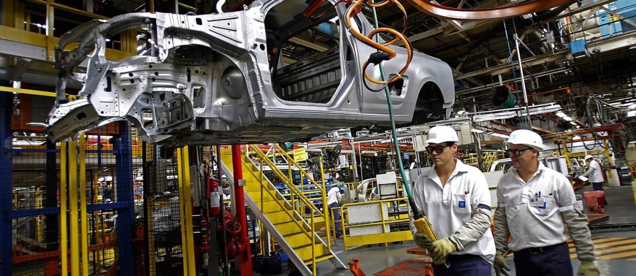 Fábrica da GM, em São Caetano do Sul: sindicato do ABC defende medida desde que não haja perda salarial Foto: Dado Galdieri/Bloomberg/24-10-2012