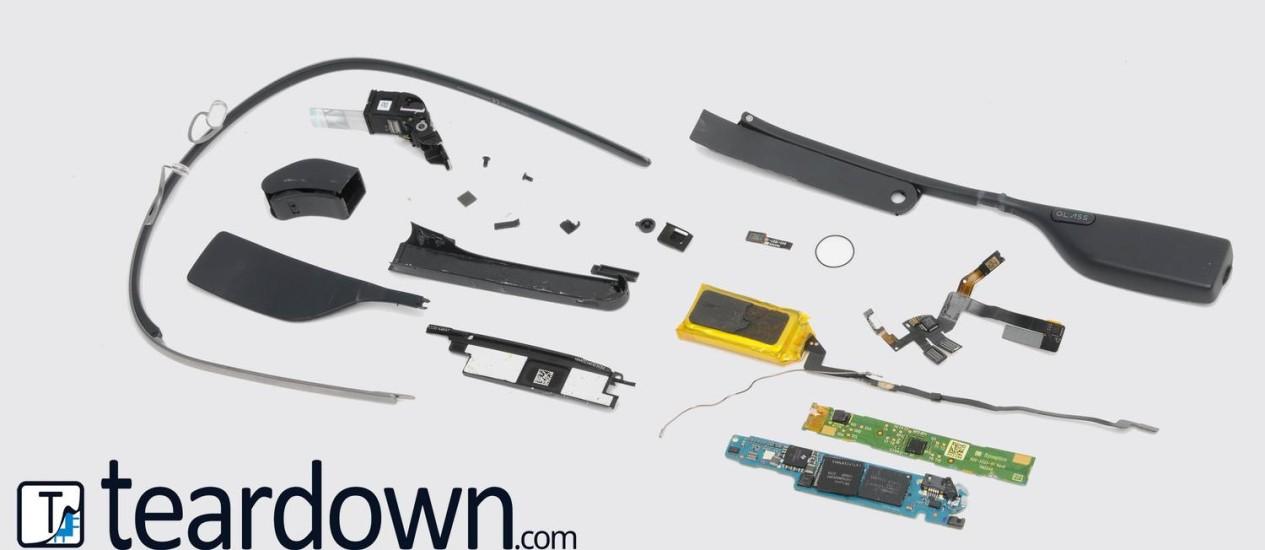 Imagem do aparelho desmontado pelo site Teardown.com Foto: Reprodução