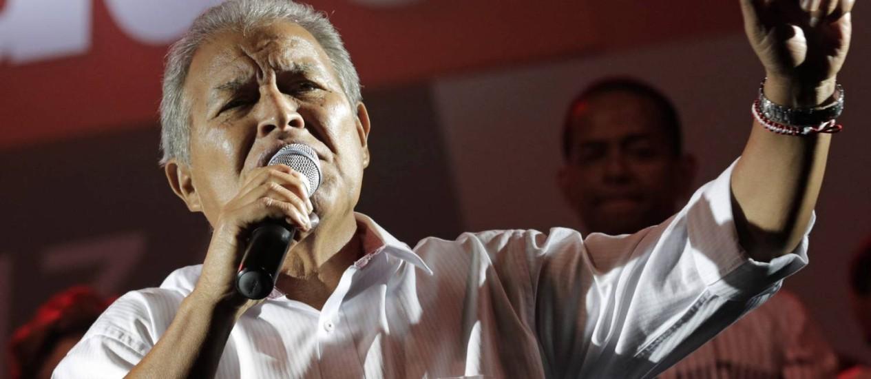 Sánchez Cerén, durante campanha presidencial Foto: HENRY ROMERO / REUTERS-9-3-2014
