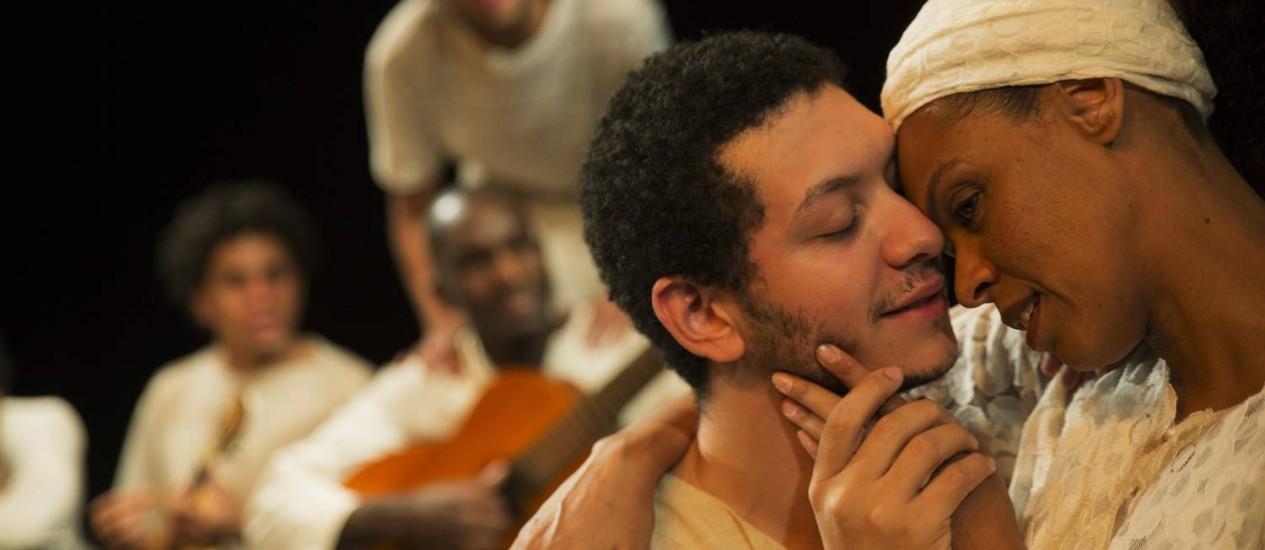A atriz Ana Carbatti na pele da baluarte Clemetina de Jesus, que abre a mostra Foto: Divulgação/Sesc