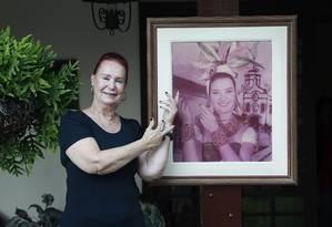 Gina. Dos tempos de concurso, ela preserva a rotina saudável e o andar de miss Foto: Márcio Alves