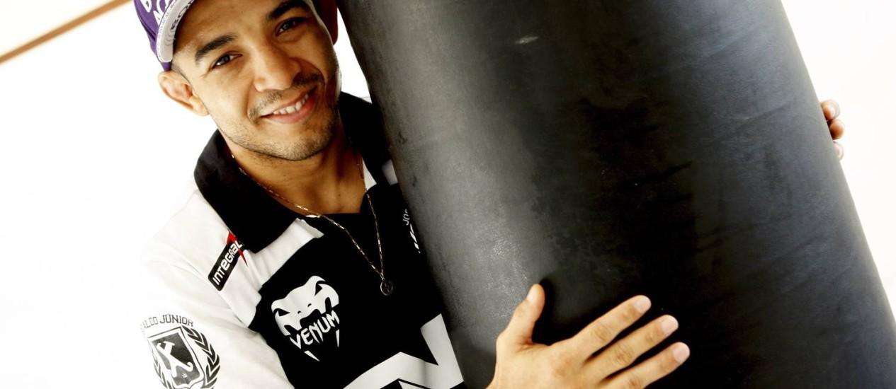 Conhecimento. O lutador José Aldo vai transmitir suas técnicas e falar da sua trajetória para amantes do MMA Foto: Gustavo Stephan/12-04-2013