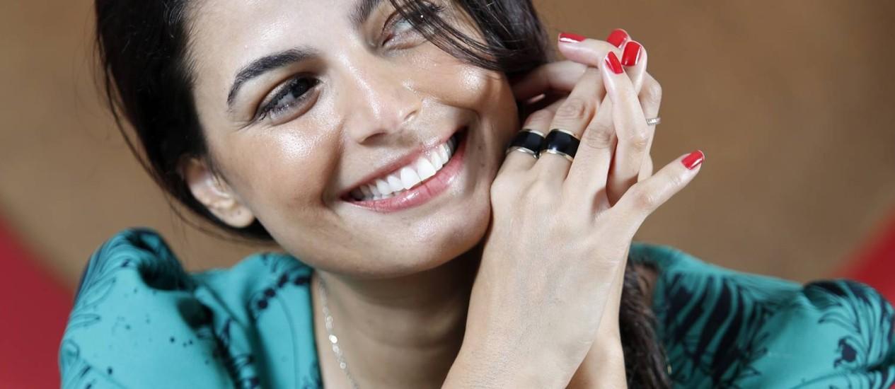 Emanuelle Araujo, a atriz, cantora e compositora engravidou aos 16 anos Foto: Fabio Rossi / Agência O Globo