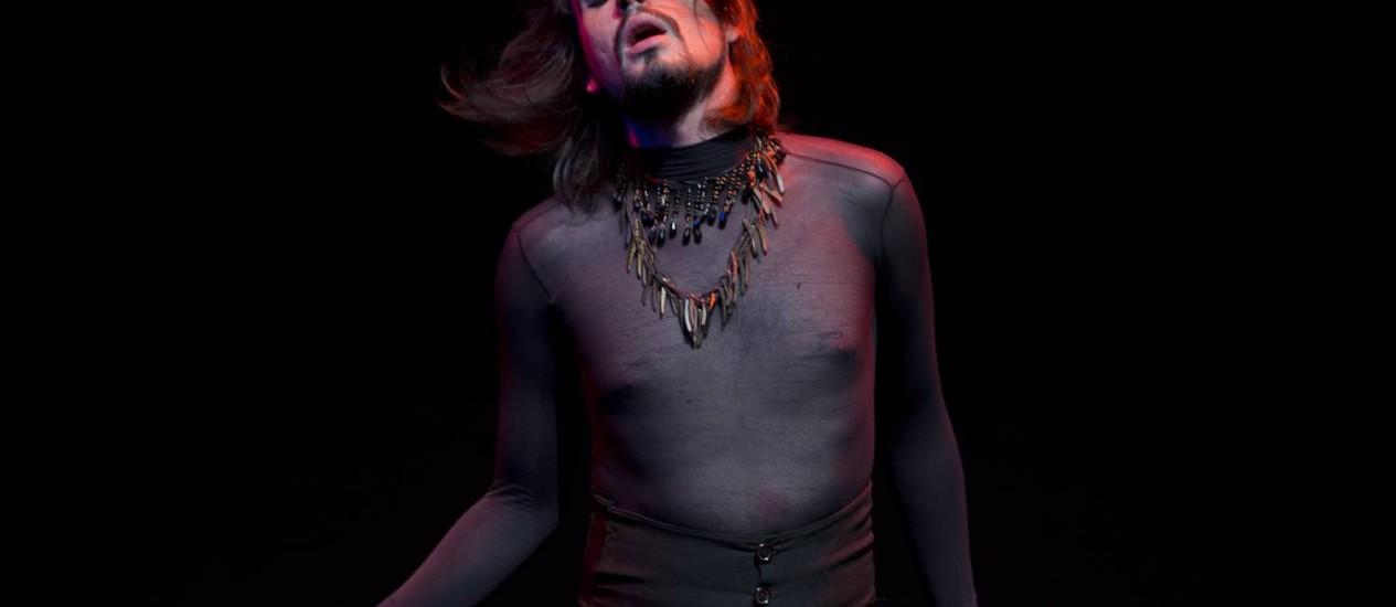 """Celebridade do underground pernambucano, Johnny Hooker participou dos filmes""""Tatuagem"""" e """"Febre do rato"""" Foto: Foto de Guito Moreto"""