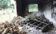 Revolta. Em Palmeirais (PI), a população destruiu um prédio da Eletrobrás, em meio à indefinição sobre quem deve ser o prefeito Foto: Efrém Ribeiro
