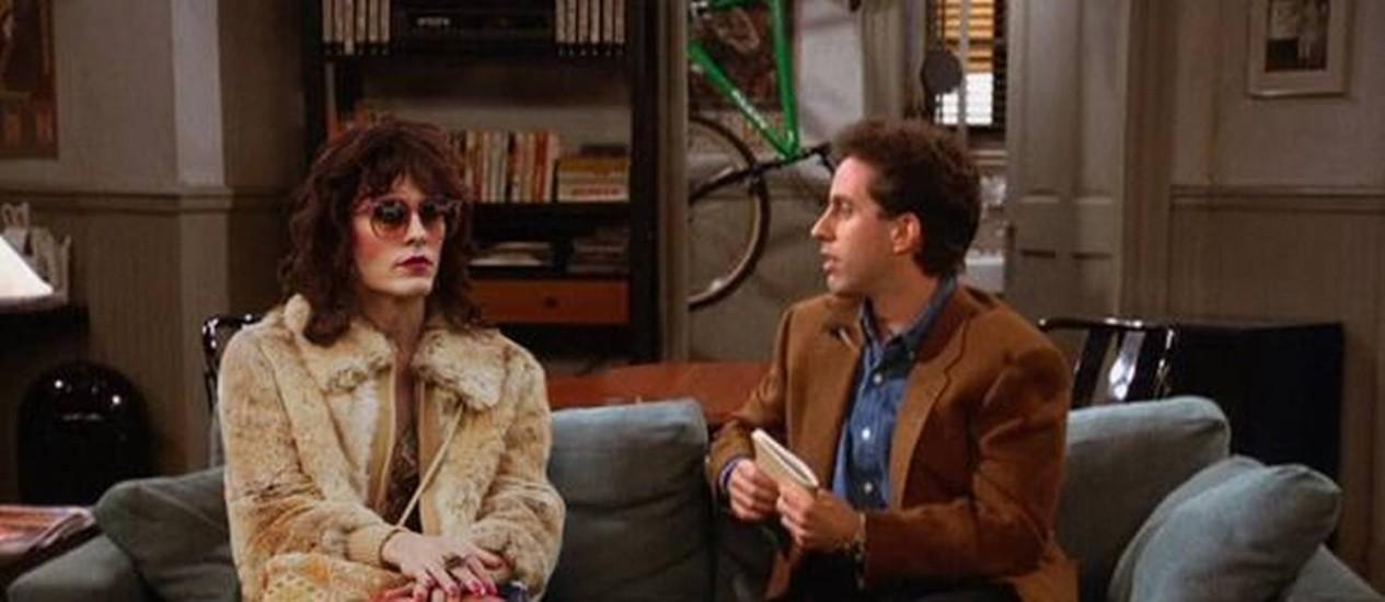 Montagem coloca Jerry Seinfeld no sofá ao lado do personagem de Jared Leto em 'Clube de compras Dallas' Foto: Reprodução