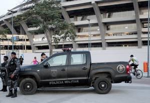 Policiais militares reforçam patrulhamento no Rio Foto: Marcelo Piu / Agência O Globo