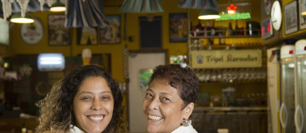 Receita boa. Bianca e Kátia Barbosa comandam a cozinha do Aconchego Carioca Foto: Hudson Pontes / Fotos Hudson Pontes
